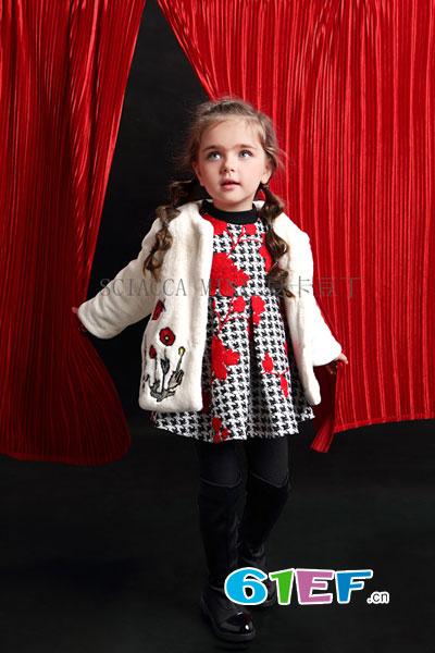 夏卡豆丁童装  为追求品质、环保、舒适、时尚而打造
