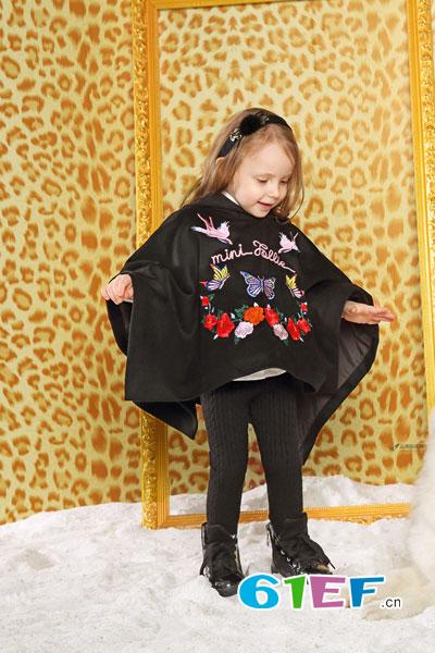 Folli Follie童装品牌2017年秋冬个性印花长袖卫衣