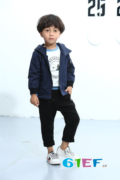 小鬼当家童装品牌具有强烈的品牌意识和长远的发展目光