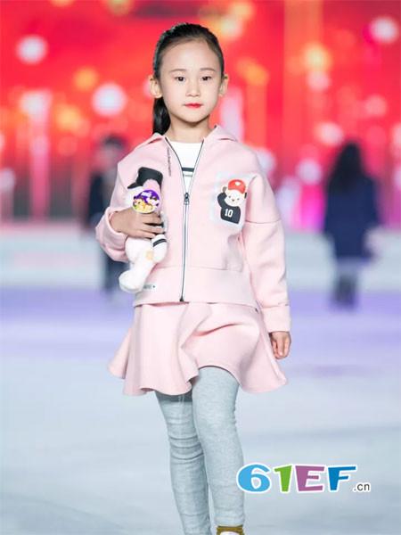 泰迪珍藏童装品牌2017年秋冬时尚卡通女套裙