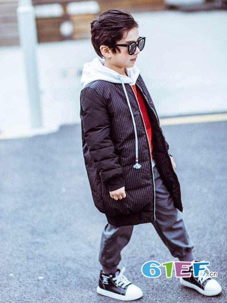 巴布兔童装品牌2017年秋冬韩式休闲条纹中长羽绒服外套