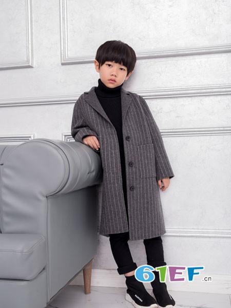 OKstar欧卡星童装品牌2017年秋冬韩式条纹大气西装领男呢子外套
