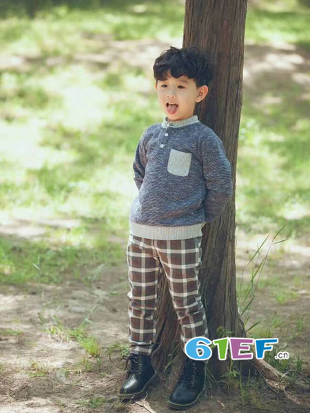 mini petrel童装品牌2018年春夏韩式休闲百搭男毛衣