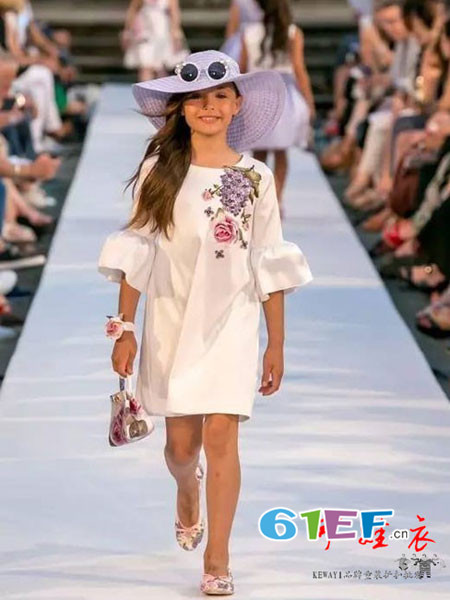 可娃衣 童装品牌 诚心做事,为顾客提供当季潮流新品