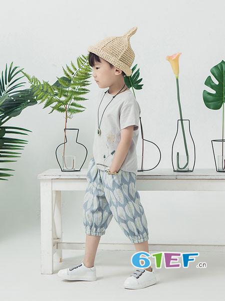 BB.T蚌蚌唐童装品牌2018春夏休闲简约男T恤