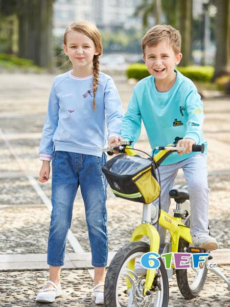 卡波树童装品牌潮流设计元素形成了独有的设计