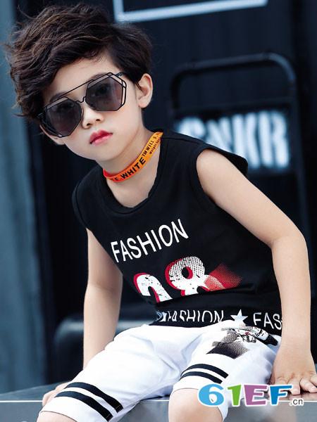 卡米丘童装品牌,简约风尚、玩趣百搭的童装