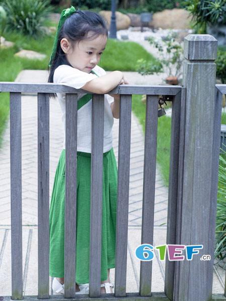 Fun World凡兜童装品牌2018春夏复古文艺民族风女裙套装