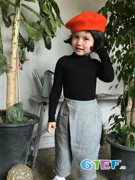 小嗨皮童装品牌2018春夏显瘦黑色上衣