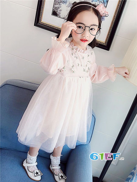 伟尼熊童装品牌2018春时尚甜美网纱公主裙