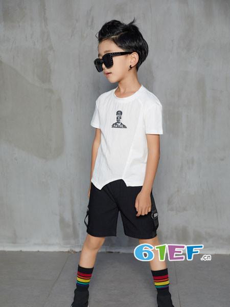 叽叽哇哇童装品牌2018春夏休闲不规则边男T恤