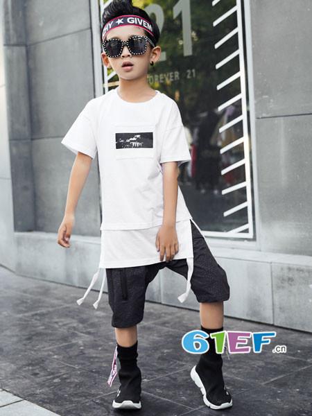 叽叽哇哇童装品牌2018春夏个性休闲中长开叉绑带边男T恤