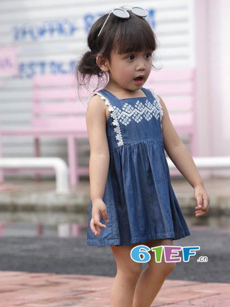 �岸垢笸�装品牌2018春夏休闲可爱牛仔印花吊带裙