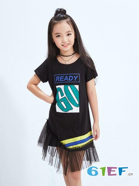 可趣可奇童装品牌 关爱儿童,拥抱梦想;爱我,就抱抱我!