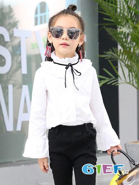 普朵米琪童装品牌2018春夏喇叭袖白色花边上衣