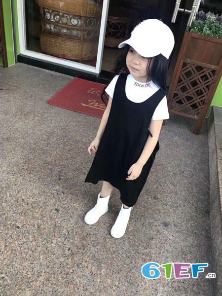 edo KIDS童装品牌2018春夏宽松百搭黑色背带裙