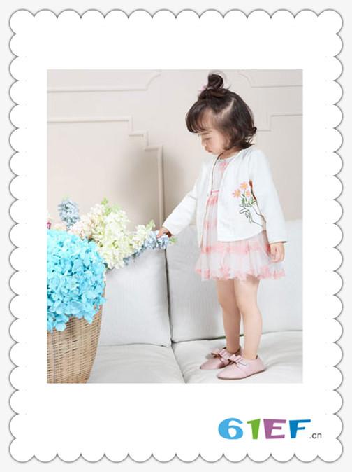 SCIACCAmini夏卡豆丁童装品牌2018春夏白色时尚休闲女童百搭外衣