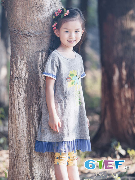 爱佳乐Rag Mart童装品牌2018春夏立体小花宽松休闲拼接女童上衣