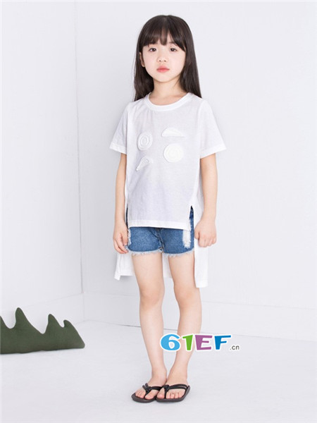 童衣汇龙8国际娱乐官网品牌2018春夏时尚休闲简约不对称连女T恤