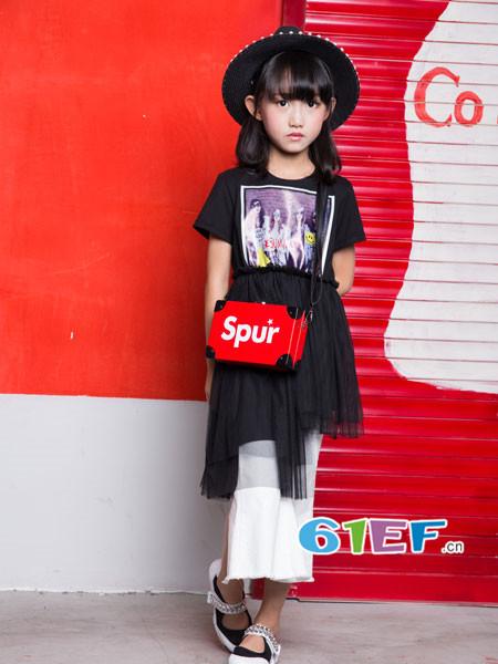 OKstar欧卡星童装品牌2018夏时尚休闲网纱拼接连衣裙