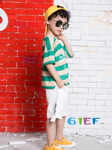 OKstar欧卡星童装品牌2018夏时尚休闲条纹短袖男T恤