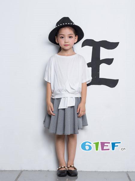 OKstar欧卡星童装品牌2018夏文艺简约女上衣