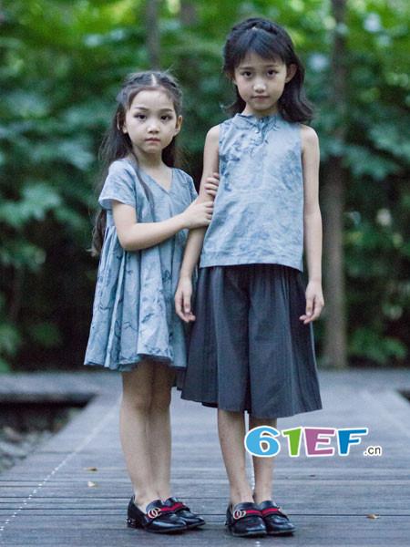 OKstar欧卡星童装品牌2018夏民国风无袖棉麻上衣