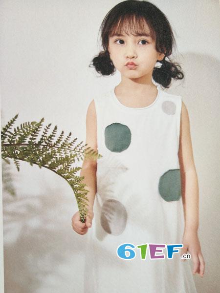 青稚童装品牌2018春夏白色上衣