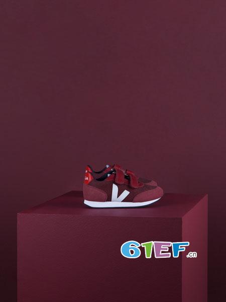 veja童鞋的设计也很简洁,但很有辨识度