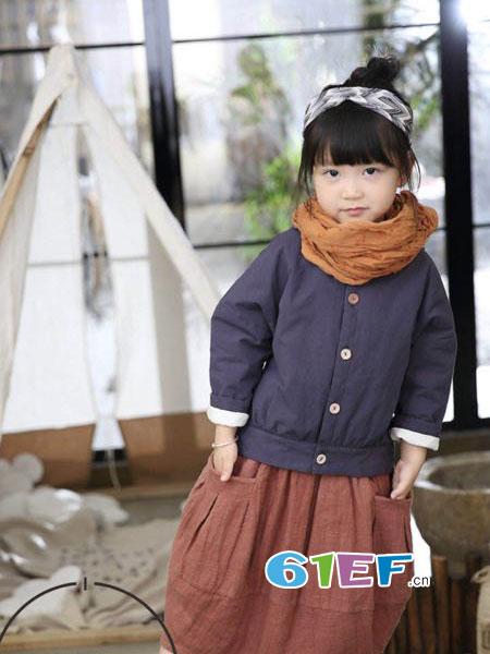魔方龙8国际娱乐官网品牌2018秋冬男女宝宝儿童韩版宽松针织衫