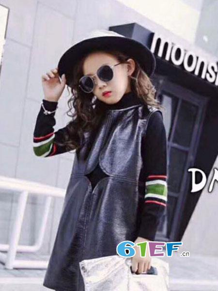 魔方龙8国际娱乐官网品牌2018秋冬运动休闲洋气卫衣两件套潮