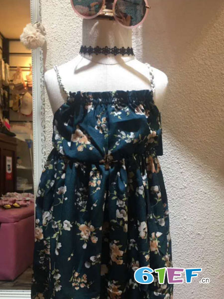 三年七班童装品牌2018春夏洋气宝宝吊带裙女童连衣裙夏装潮