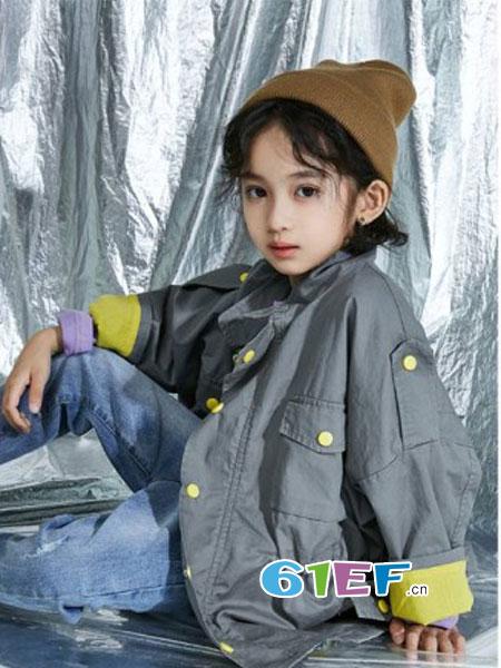 HIHUG童装品牌2018秋冬韩版儿童帅气纯色风衣长袖外套潮