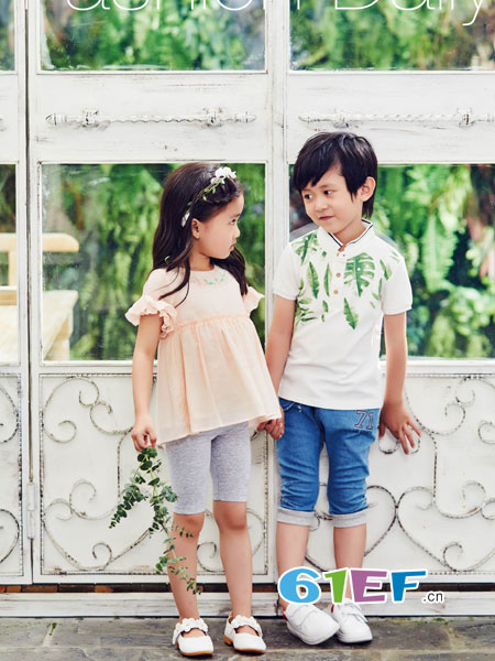 丽婴房童装品牌2018春夏童装韩版漏肩短袖两件套儿童套装