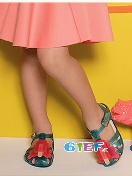 TOEBOX童鞋 品牌每个季节还有推出每个季节的最佳品牌