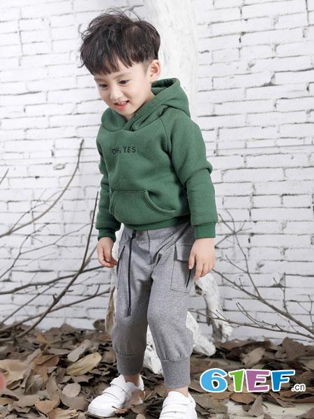 班吉鹿banjilu童装品牌2018秋冬男童卫衣套头中大童新款打底衫帽衫宽松