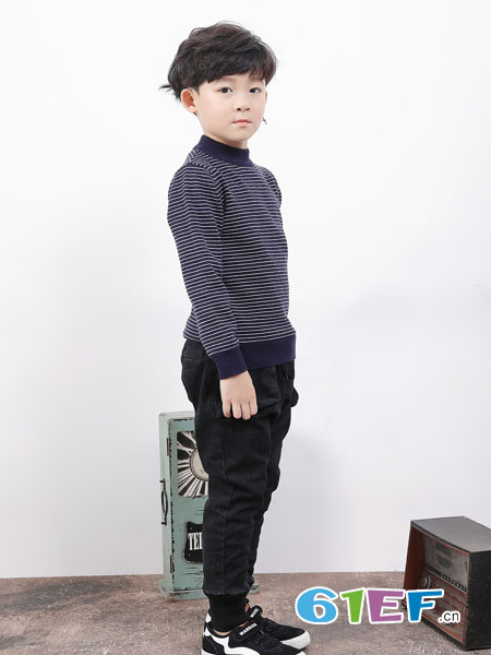 班吉鹿banjilu童装品牌2018秋冬韩版中大童条纹笑脸打底衫儿童加绒加厚针织衫