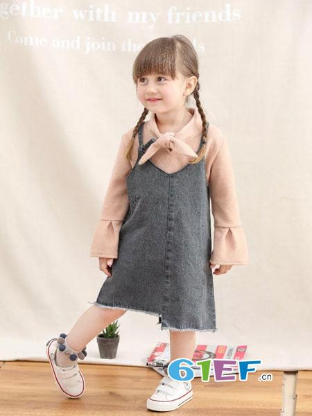 兔子杰罗童装品牌2018秋冬女童百搭洋气时尚V领外侧两边条条开叉牛仔童背带裙