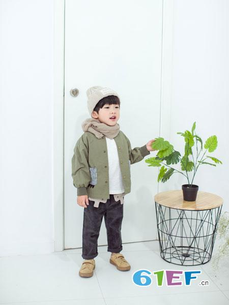 安米莉AMILRIS龙8国际娱乐官网品牌2018秋冬中大儿童纯棉风衣女孩时尚