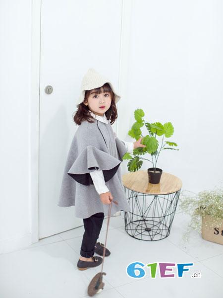安米莉AMILRIS龙8国际娱乐官网品牌2018秋冬圆领拼接毛呢大衣外