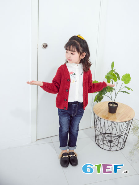 安米莉AMILRIS龙8国际娱乐官网品牌2018秋冬韩版毛衣外套儿童百搭开衫秋季上衣
