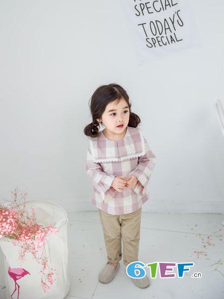 安米莉AMILRIS龙8国际娱乐官网品牌2018秋冬经典粉白格子纯棉长袖女童上衣