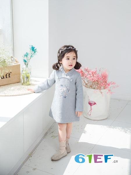 安米莉AMILRIS龙8国际娱乐官网品牌2018秋冬棉麻盘扣刺绣上衣禅意茶服套头衫T恤衫
