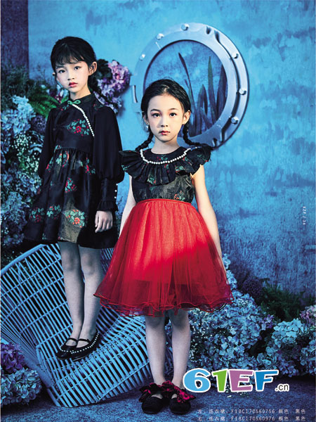 小资范童装品牌2018秋冬蕾丝连衣裙儿童纱裙小孩子公主裙潮