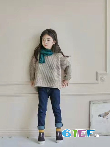 小嗨皮童装品牌,引领童装时尚风潮