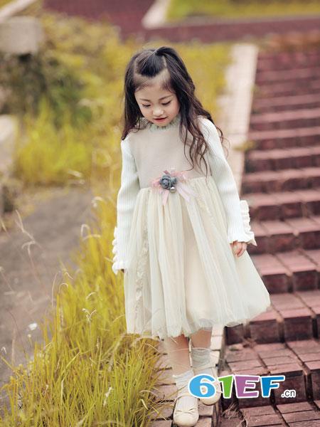 熙熙Ceicei龙8国际娱乐官网品牌2018秋冬女童蕾丝拼接连衣裙