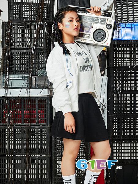 棵棵树龙8国际娱乐官网品牌2018秋冬复古拼色运动套装外套潮