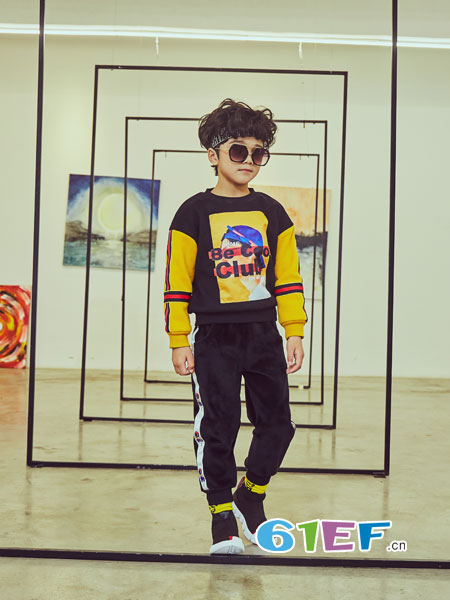 叽叽哇哇童装品牌2018秋冬新款韩版儿童洋气风衣中大童夹克上衣