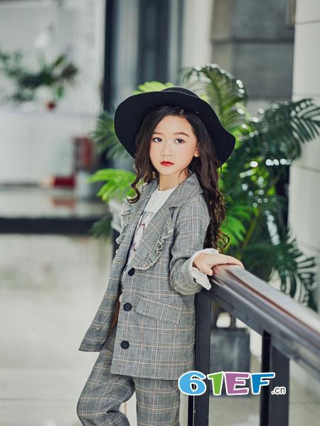 叽叽哇哇童装品牌2018秋冬糖果色针织衫宝宝外衣潮