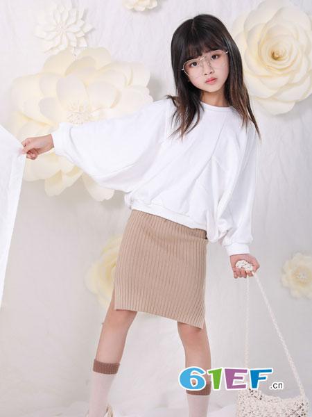 恋衣臣童装品牌2018秋冬蝙蝠袖针织衫短版上衣打底衫